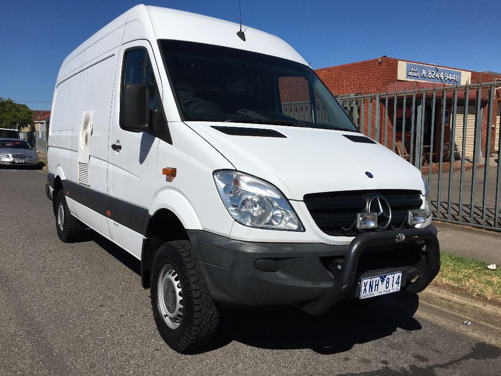 Mercedes benz sprinter 4x4 details used vans for sale in for Mercedes benz sprinter 4x4 for sale
