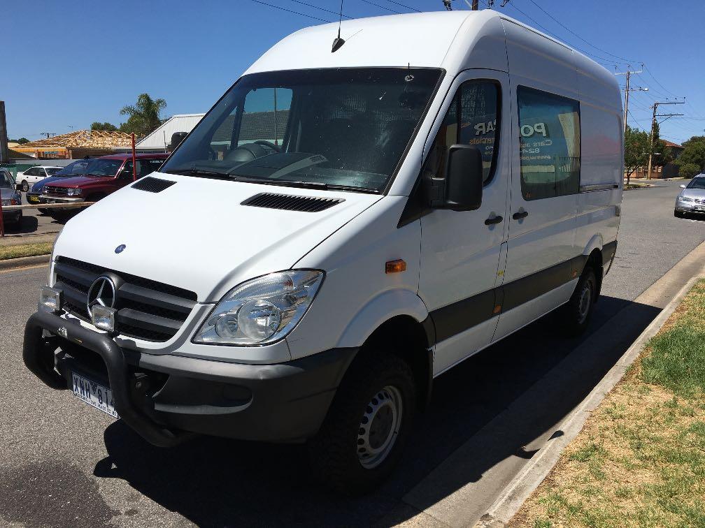 Mercedes benz sprinter 4x4 details used vans for sale in for Mercedes benz van for sale