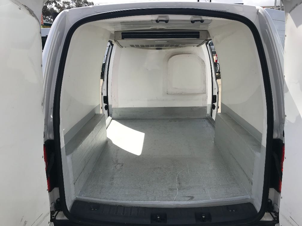 cee0382b40 Volkswagen Caddy Maxi Refrigerated Details - Used Vans for Sale in ...